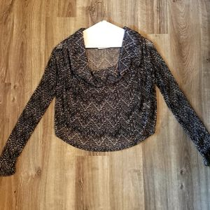 Black/white Arden B cowl neck sweater size medium